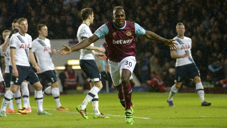 michail-antonio-west-ham-tottenham-goal-celebrates_3425087