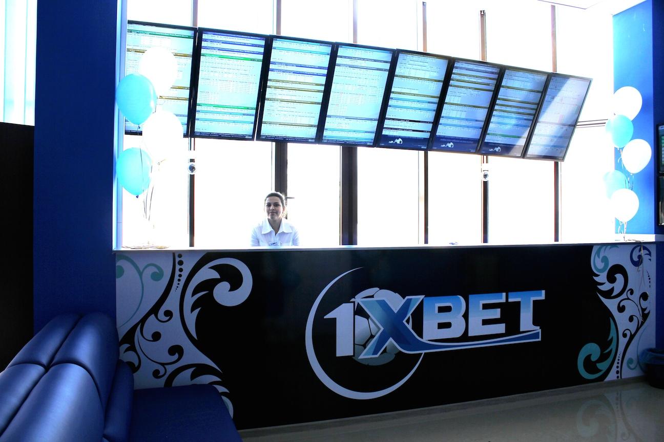 БК 1xBet может стать победителем сразу нескольких престижных номинаций