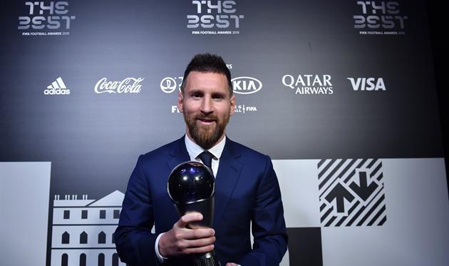 Звание игрока года по версии ФИФА вновь оказалось в руках Лионеля Месси