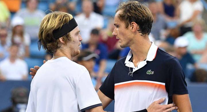 Букмекеры оценили шансы Рублёва и Медведева на итоговом турнире ATP