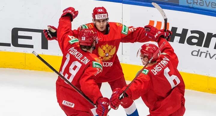 Букмекеры оценили шансы России пройти Канады в полуфинале МЧМ-2021