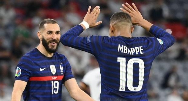 Франция сохранила звание букмекерского фаворита Евро-2020 перед плей-офф